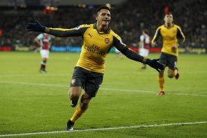 """Arsenal"" pratrūko Londone: 4 įvarčiai per 15 minučių"
