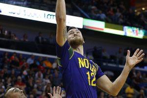 NBA: D. Motiejūnas liko ant suolo