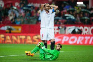 """""""Sevilla"""" pergalė Ispanijoje – raudona kortelė ir 11 metrų baudinys"""