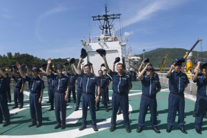 Kinija ir Rusija rengs bendras karinio jūrų laivyno pratybas Baltijos jūroje
