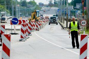 Melagingai grasinta susprogdinti Lazdynų tiltą
