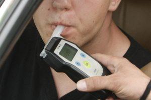 Žolinės savaitgalį – policijos reidai vairuotojų blaivumui tikrinti