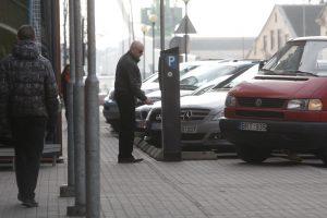 Sostinėje daugėja mokamų automobilių stovėjimo vietų
