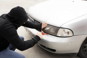 Trys efektyviausi ginklai kovojant su automobilių vagimis