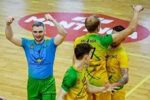 Lietuvos tinklinio čempionate – nelengvos lyderių pergalės