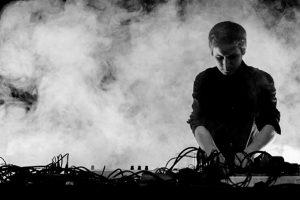 """Švies elektroninės muzikos """"Jaunatis"""""""