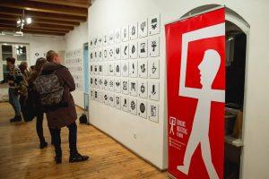 Lenkijos grafinių ženklų paroda viešės Klaipėdoje