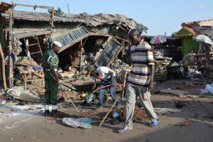 Nigerijoje per dviejų mirtininkių išpuolį žuvo 30 žmonių