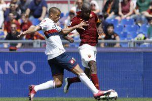 """""""AS Roma"""" vienuolikė Italijos futbolo čempionate pakilo į antrą vietą"""