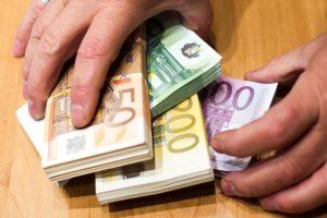 Sukčiai nesnaudžia: bendrovė prarado 16 tūkst. eurų