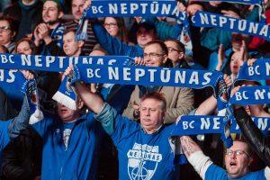 """Klaipėdietis T. Delininkaitis Prienuose nuskandino """"Neptūną"""""""