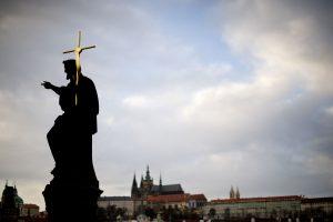 Norėdami patekti į Prahos pilį patikros neišvengsite