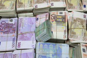700 tūkst. eurų gabenusių latvių byla pasiekė teismą