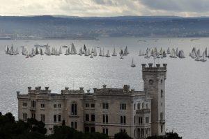 Italija planuoja išdalyti daugiau kaip 100 pilių