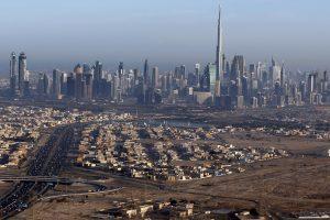 Dubajuje liepsnojo jau trečias dangoraižis