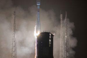 """Raketa """"Sojuz"""" sėkmingai iškėlė į orbitą Ispanijos palydovą"""