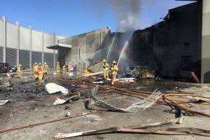 Prie Melburno į prekybos centrą įsirėžė lėktuvas, žuvo penki žmonės
