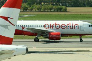 """""""Air Berlin"""" paskelbė apie bankrotą"""
