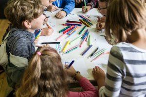 Vaikams padės 36 nauji dienos centrai