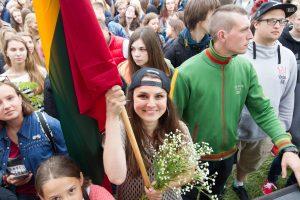 """Lietuviai visame pasaulyje giedojo """"Tautišką giesmę"""""""