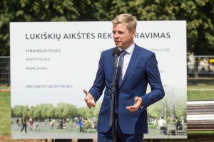 Vilniaus valdžia ir Vyriausybė dar tarsis dėl skulptūros Lukiškių aikštėje
