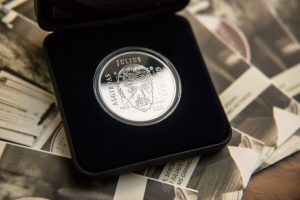 Parodė, kaip gimsta proginės monetos