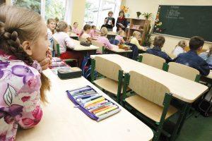 Parama mokiniams iš nepasiturinčių šeimų – 57 eurai