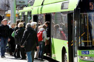 Dieną be automobilio Kaune ketinama leisti nemokamai važiuoti viešuoju transportu