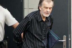 Už pedofiliją kalintis E. Čekanavičius išteisintas dėl kito nusikaltimo