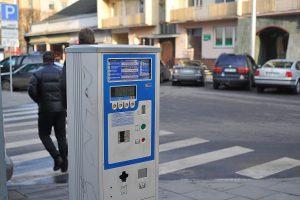 Vilniuje buvo sutrikusi atsiskaitymo už automobilių stovėjimą sistema
