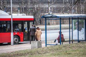 Kauniečiai stebisi, kodėl keičiami eismo tvarkaraščiai