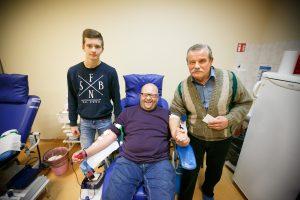 Trys donorų kartos: senelį keičia anūkas