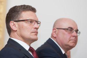 Korupcija įtariamiems Kauno rajono savivaldybės vadovams pareikštas nepasitikėjimas