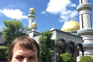 Gyvenimas Brunėjuje: gimei – butas, o jei trys vaikai – žemė ir namas