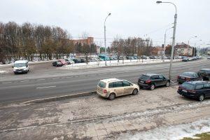 Prie Kauno klinikų bus mažiau vietų automobiliams, nei tikėtasi