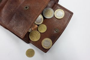 Kiek lietuviai vaikams skiria kišenpinigių?