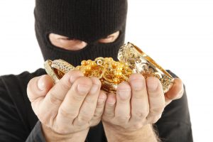 Kaune iš namo pavogta turto už 16 tūkst. eurų