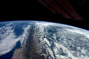 TKS apskriejo aplink Žemės rutulį jau 100 tūkst. kartų