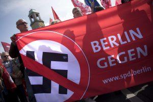 Berlyne – grėsminga neonacių ir jų priešininkų akistata