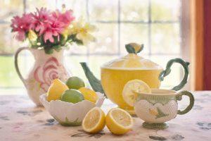 Skanios arbatos paslaptys slypi ir virdulyje