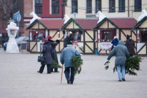 """""""Parsinešk Kalėdas į savo namus"""": be eglės šakelės neliks nei vienas"""