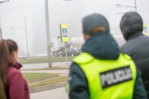 Vilniuje nuo policijos pabėgo sulaikomas girtas kazachas