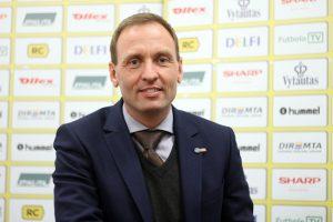 Lietuvos futbolo jaunimo rinktinei vadovaus danas