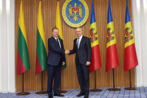 Premjeras: tvirtai remiame Moldovos siekį tapti ES nare