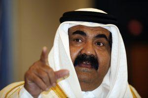Buvęs Kataro emyras per atostogas susilaužė koją