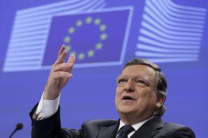 """Buvusiam EK vadovui – kritika dėl patarinėjimo bankui """"Brexit"""" klausimais"""