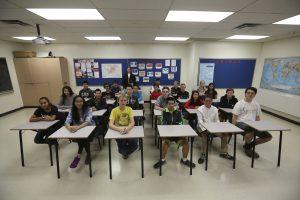 Kanadoje dėl galimos grėsmės evakuota apie 60 mokyklų ir universitetų