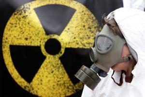 Japonijos branduolinių tyrimų laboratorijoje apšvitinti penki darbuotojai