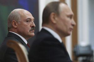 Politologė: Rusija gerai patampys A. Lukašenką, bet vėl pastatys atgal