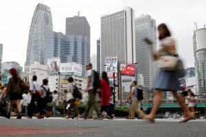Prie Japonijos artėja galingas taifūnas